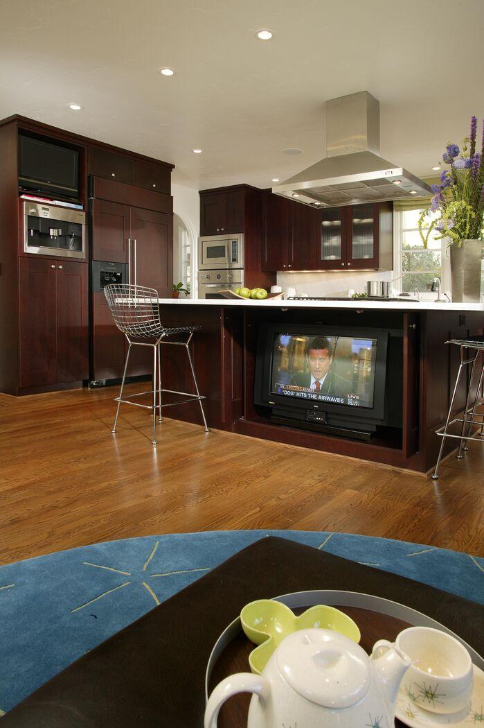 Contemporary Kitchen photo by Benning Design