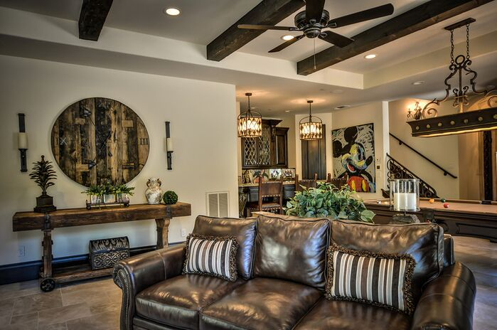 Traditional Living Room photo by Anne Sacco Interiors