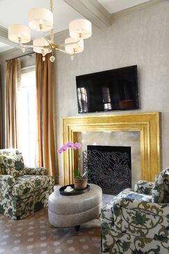 Traditional Living room photo by Chancey Design Partnership