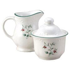 Winterberry Sugar and Creamer Set