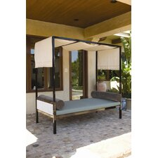 Parkview Woven Day Bed with Cushions