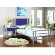 Boltor Platform Bedroom Collection
