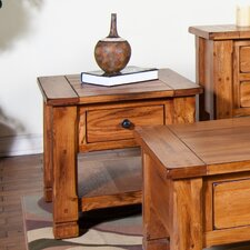 <strong>Sunny Designs</strong> Sedona End Table