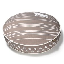 Cosmopolitan Dog on Wire Round Dog Pillow