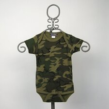 Short Sleeve Infant Bodysuit in Camouflage
