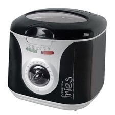 2 Litre Family Deep Fryer with Silver Panel in Black