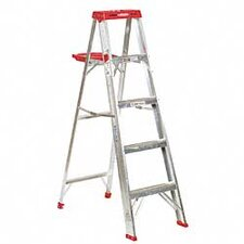 <strong>Werner</strong> 5' Aluminum Step Ladder