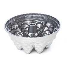 <strong>Nordicware</strong> Seasonal Holiday Tree Pan