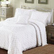 Lilian Bedding Collection