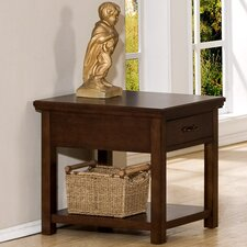 <strong>Winners Only, Inc.</strong> Willow Creek End Table