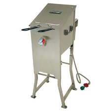 <strong>Bayou Classic</strong> 4 Gallon Bayou Fryer with 2 Stainless Baskets