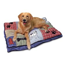 Quilted Classic Dog Applique Gusseted Dog Bed
