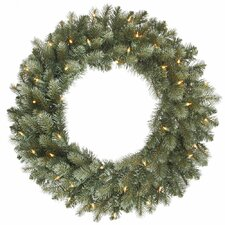 <strong>Vickerman Co.</strong> Colorado Blue Spruce Wreath with 200 Dura-Lit Lights