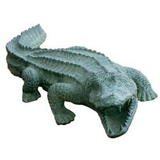 <strong>SPI Home</strong> Mean Old Alligator Statue