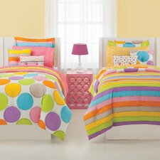 <strong>Jackie Savage McFee</strong> Spot On Ensemble Comforter Set