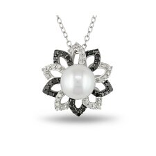 Sterling Silver Round Sahpped Cultured Pearl Diamond Fashion Pendant