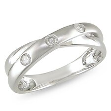 <strong>Amour</strong> 10K White Gold Round Cut Diamond Ring