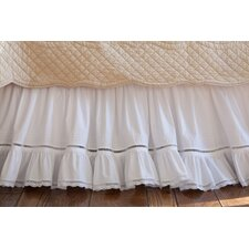 <strong>Taylor Linens</strong> Prairie Crochet Cotton Bed Skirt