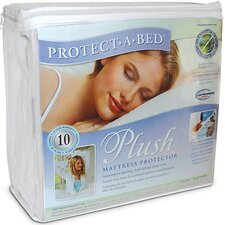 <strong>Protect-a-Bed</strong> Plush Mattress Protector