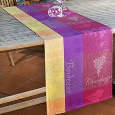<strong>Secrets de Provence</strong> Vins De France Table Linen