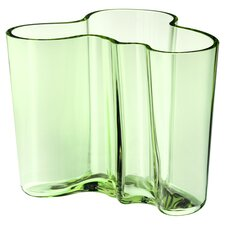 Alvar Aalto Vase in Apple Green