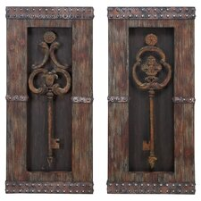 2 Piece Antique Key Wood Wall Decor Set in Brown