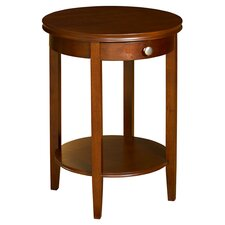 Shelburne End Table in Cherry