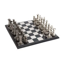 <strong>Woodland Imports</strong> Showpiece Chess Set