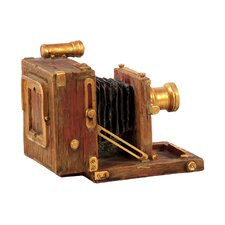 <strong>Urban Trends</strong> Home and Garden Accents Camera Figurine