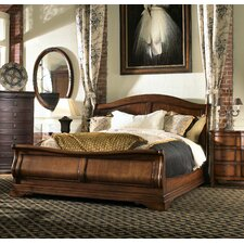Raylen Vineyards Bedroom Set