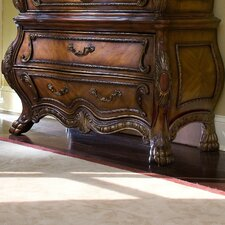 <strong>Michael Amini</strong> Chateau Beauvais 6 Drawer Chest