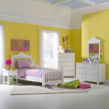 <strong>Hillsdale Furniture</strong> Lauren Four Post Slat Bedroom Collection