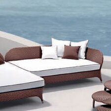 <strong>100 Essentials</strong> Flora Daybed with Cushions