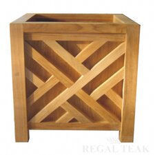 <strong>Regal Teak</strong> Chippendale Planter