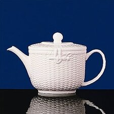 <strong>Wedgwood</strong> Nantucket Basket 2.1 Pt. Teapot