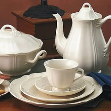Queen's Plain Dinnerware Set