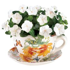 <strong>Zingz & Thingz</strong> Teacup Butterfly Planter