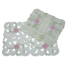 <strong>Xia Home Fashions</strong> Dainty Rose Placemat (Set of 4)