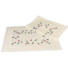 Classic Holly Embroidered Cutwork Holiday Placemat (Set of 4)