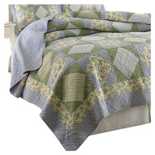 <strong>Laura Ashley Home</strong> Caroline Quilt