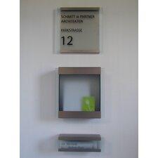 """Zeitungsbox für die Briefkastenserie """"Glasnost Glass"""""""