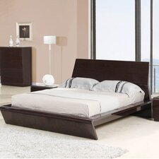 <strong>Whiteline Imports</strong> Nelly Platform Bed