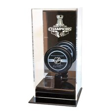 <strong>Caseworks International</strong> Chicago Blackhawks Stanley Cup Champions High Rise Puck Display Including Team Puck