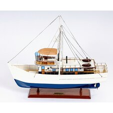 <strong>Old Modern Handicrafts</strong> Dickie Walker Model Boat