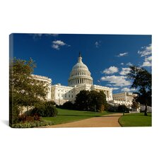 Political Capitol Building Photographic Print on Canvas