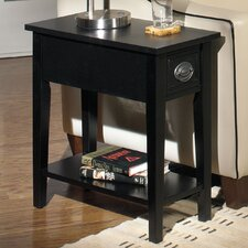<strong>Wildon Home ®</strong> American Federal Chairside Table