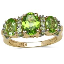<strong>JewelzDirect</strong> 925 Sterling Silver Oval Cut Peridot Ring