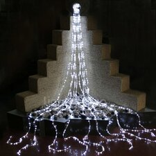 <strong>Queens of Christmas</strong> 960 Light LED Waterfall Light