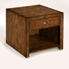 <strong>LaurelHouse Designs</strong> Baxter End Table