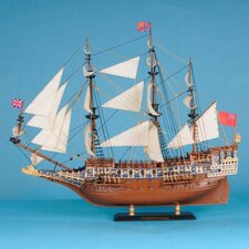 <strong>Handcrafted Model Ships</strong> Sovereign of the Seas Limited Model Ship